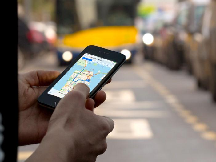 Apple Maps gebruiken met routebeschrijvingen voor het openbaar vervoer